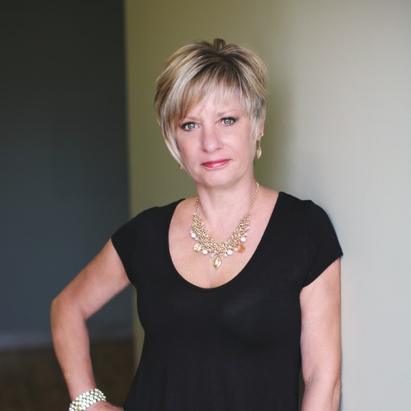 Photo of Lyn Steine, Salon Owner