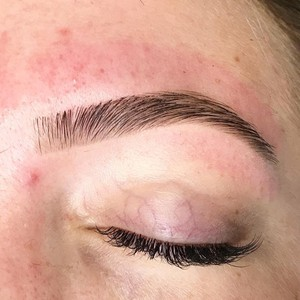 all brow waxes comes with brow shaping and brow fill in