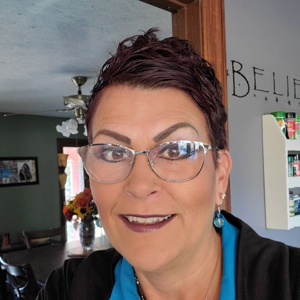 Photo of Terri Kramer, Licensed Cosmetologist