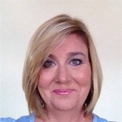 Photo of Kristine Morrissey, Managing Cosmetologist