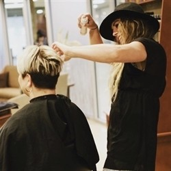 Photo of Lauralee W, Master Stylist