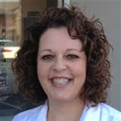 Photo of Sharon Sweeney, Managing Cosmetologist